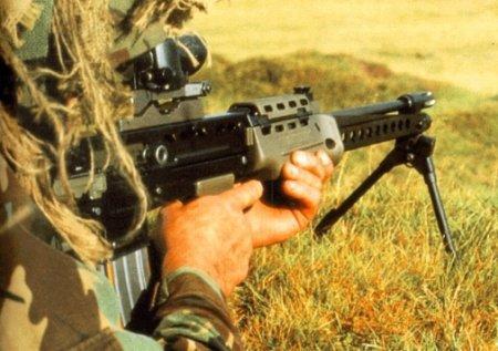 Применение пулеметов коммандос SAS