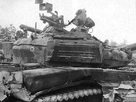 Танки во время штурма Грозного в 1994 ...